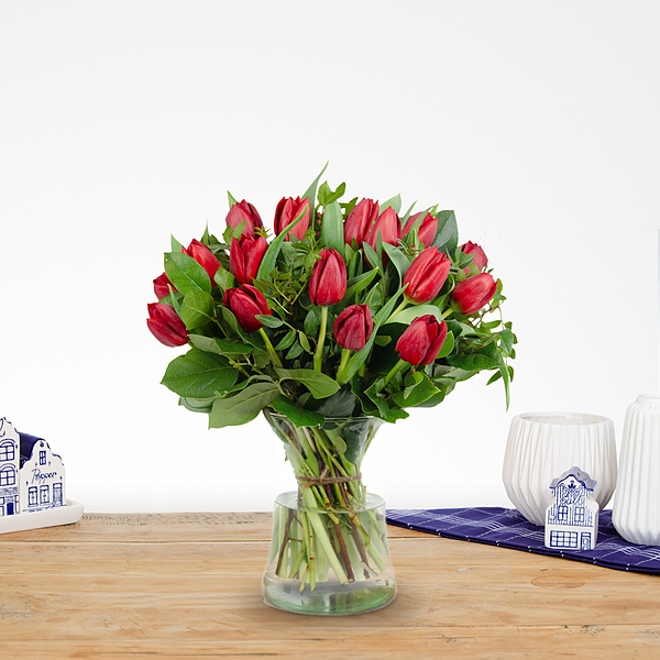Bouquet Thara red medium